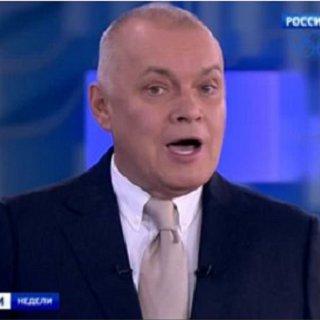 В Украине приостановлено вещание четырех российских каналов